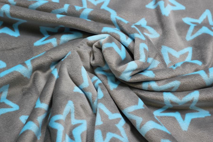 Nicki Fleece - Neonprint in grau mit blauen Sternen