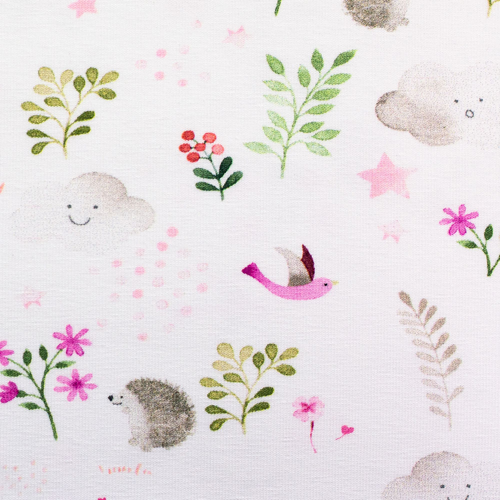 Jersey Little Spring mit Tieren und Blättern von Swafing in weiß/pink