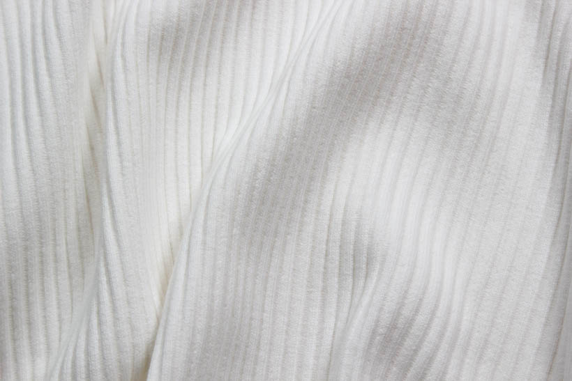 Rippenbündchen in weiß