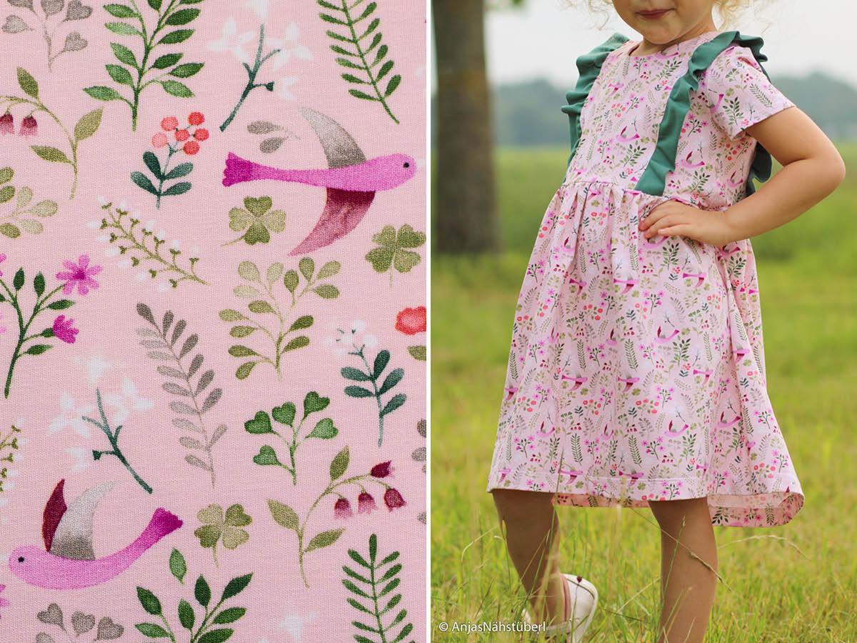 Jersey Little Spring mit Vögeln und Blättern von Swafing in rosa